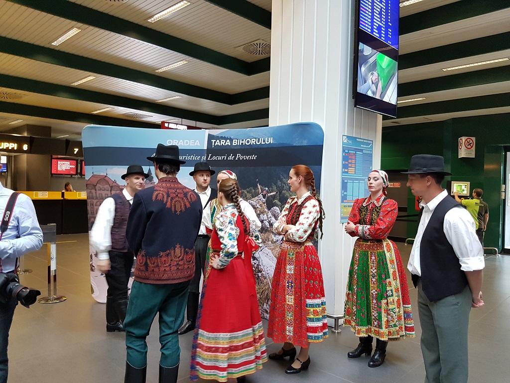 Prezentare CJ Bihor la Milano aeroport port unguresc