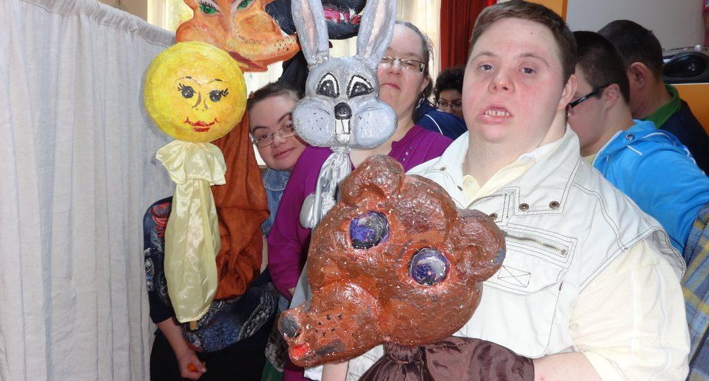 Asociatia Down Oradea a sustinut o piesa de teatru de papusi pentru copiii de gradinita
