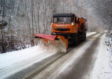 CJ Bihor: Drumurile județene pregătite să fie deszăpezite în caz de nevoie