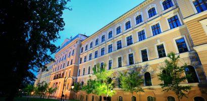Programul de vizitare la Muzeul Tarii Crisurilor din Oradea