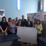 Rotary Club Oradea 1113 a donat 166 de table magnetice claselor de copii cu nevoi speciale din județul Bihor