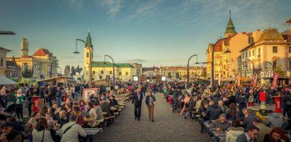 Se inchide circulatia auto in Piata Unirii, cu ocazia Street Food Festival Oradea 2017