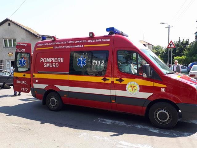 La un pas de tragedie! Un minor neatent de 8 ani, lovit de o masina in Marghita