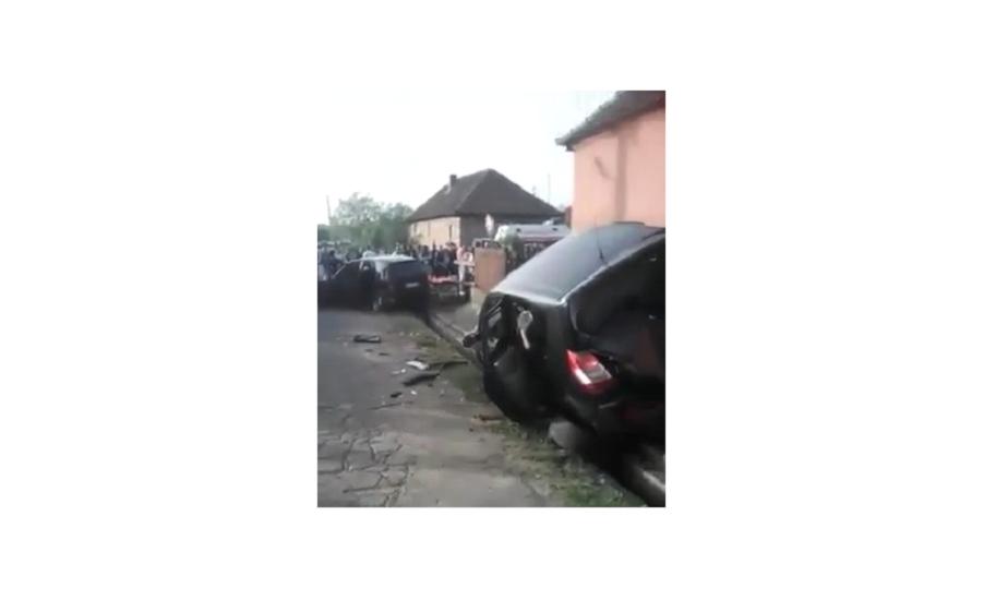 La un pas de tragedie! Coliziune intr-o intersectie din Voivozi, pe fondul neacordarii prioritatii (VIDEO)