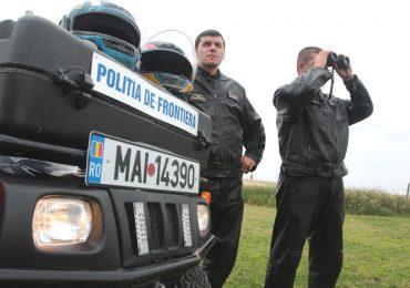 Doi kosovari si doi vietnamezi prinsi de politistii de frontiera, cand incercau sa treaca fraudulos frontiera in zona vamii Bors