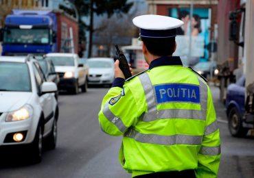 Peste 250 de soferi sanctionati de politistii bihoreni in weekendul care a trecut