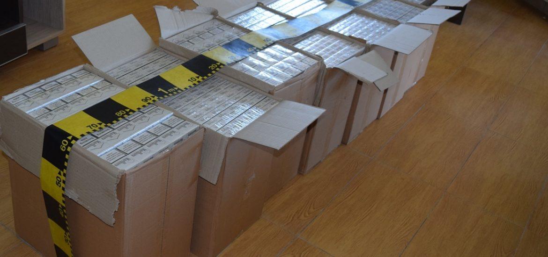 Peste 3.500 de pachete de tigari nemarcate, confiscate de politistii oradeni, din pietele  din Oradea, in ultimele 3 luni