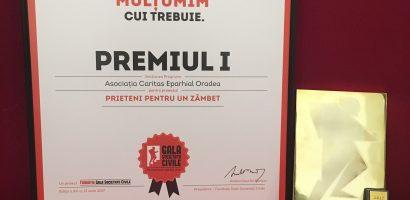 """Caritas Eparhial Oradea a obtinut """"Premiul 1"""" la Gala Societatii Civile, cu proiectul """"Prieteni pentru un zâmbet"""""""