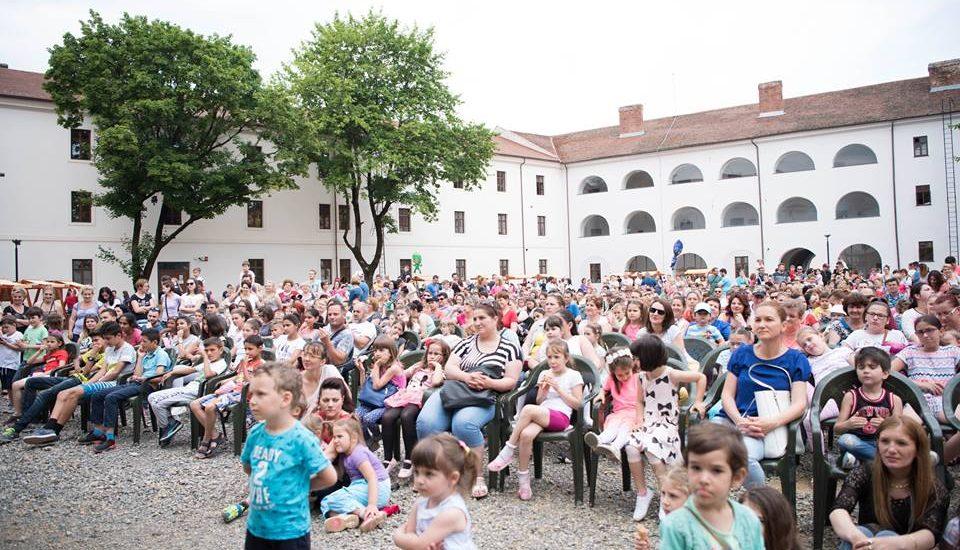 Spectacole pentru copii, de 1 iunie, in Cetatea Oradea