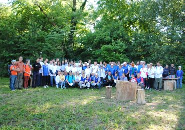 100 de voluntari au facut curatenie in Parcul Silvas (FOTO)