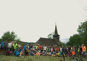 """Peste 170 de iubitori ai cicloturismului au redescoperit """"Bihorul pe bicicleta"""", in acest weekend (GALERIE FOTO)"""