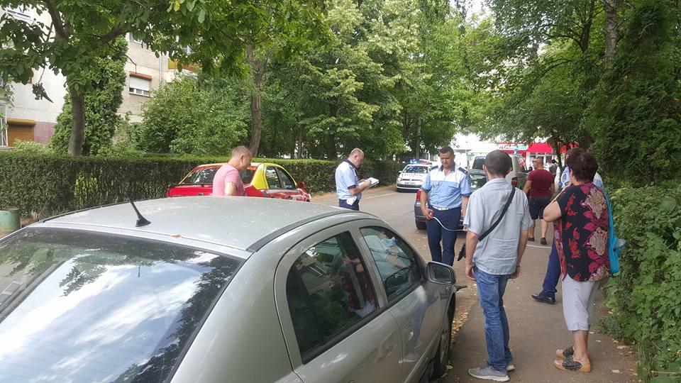 Minor de 2 ani, lasat nesupravegheat, lovit de o masina pe strada Mestesugarilor din Oradea