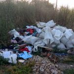 Transporti si depozitezi ilegal deseuri in Oradea, ramai fara masina