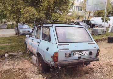 Vehiculele fara stapan, stationate pe domeniul public si presupuse abandonate, vor fi ridicate de Politia Locala