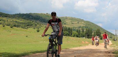 "Agenția de Management al Destinației Bihor va invita la o noua tura de bicicleta…""Printre dealuri si doline"""