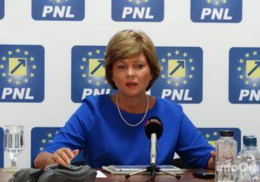 Florica Chereches, cel mai activ parlamentar bihorean, si-a prezentat raportul de activitate