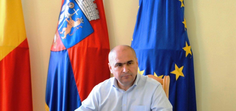 Primaria Oradea va construi o parcare supraetajata in curtea institutiei, cu iesire in Vladimirescu si Primariei
