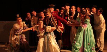 Oradea va gazdui Festivalul ansamblurilor profesioniste maghiare de dans popular din Ardeal. Vezi programul