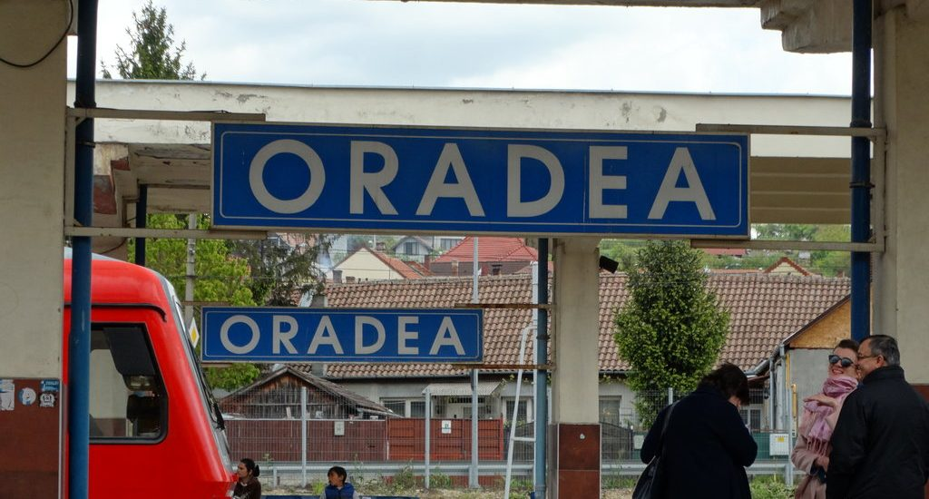 "Primaria Oradea organizeaza deplasarea cu trenul la Alba Iulia, in cadrul actiunii ""Marșurile spre Alba Iulia la Centenar"""