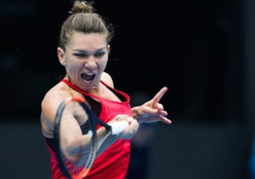 Simona Halep se califica in turul 2 la Australian Open, dupa 6-7, 6-4,6-2 cu Kaia Kanepi (VIDEO)