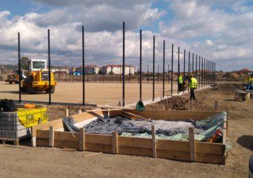 Lucrarile la Parcul Sportiv Salca III sunt in desfasurare. (FOTO)