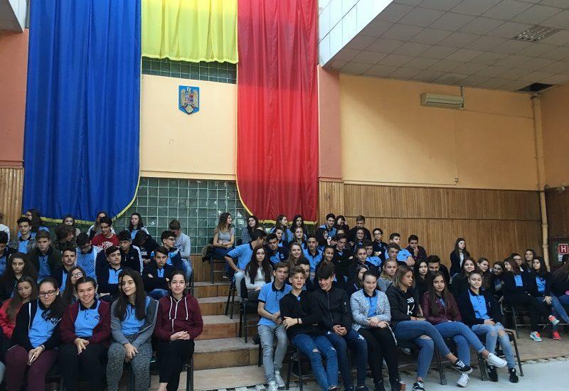 Actiuni de promovarea a voluntariatului, sustinute de Caritas Eparhial