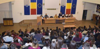 Spuneti nu victimizarii! Activitati de preventie, ale politistilor bihoreni, la Universitatea Oradea.