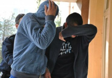 Doi tineri de 18 ani din marghita, prinsi dupa ce au furat o butelie