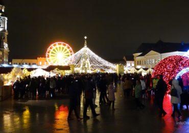S-a deschis Targul de Craciun Oradea 2017. Feerie de lumini si distractie la maxim. (GALERIE FOTO)
