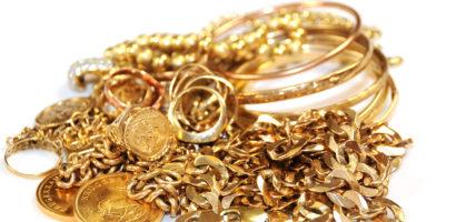 Minor de 17 ani prins de politisti dupa ce a furat bijuterii in valoare de 10.000 de lei dintr-o locuinta