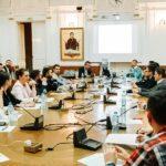 """Peste 180 de tineri prezenți la o conferință cu tema """"Administrația Locală – Mod de organizare și funcționare"""" organizată de către Tinerii Liberali din Oradea"""