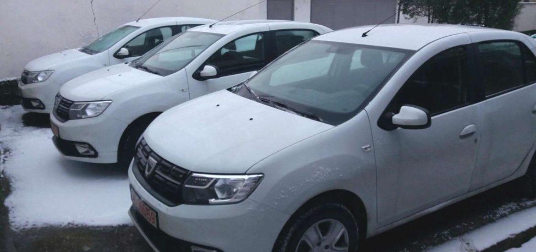 Nouă autoturisme de serviciu noi au intrat în dotarea polițiștilor bihoreni.