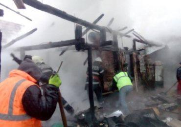 Incendiu in Salonta, cauzat de o instalatie electrica defecta