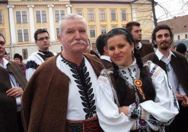 S-au pus în vânzare biletele pentru concertul de colinde susținut de Ansamblul Icoane și Ioan Bocșa