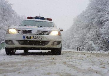 Atentie! RAR si politistii bihoreni verifica, in trafic, daca aveti cauciucuri de iarna