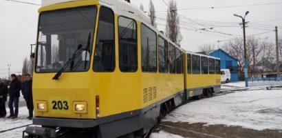 OTL si-a innoit flota de tramvaie, cu 10  modele de KT4DM, aduse din Germania (FOTO)