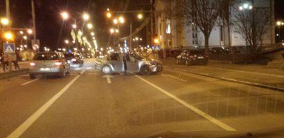 Un tanar de 23 de ani a provocat un accident, în timp ce conducea sub influența alcoolului.