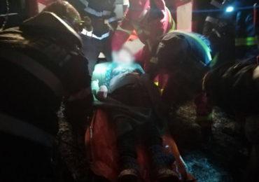 O femeie din Marghita a fost salvata dintr-o fantana adanca de 8 metri (FOTO)