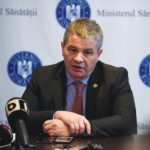 Doctorul Florian Bodog a salvat viata unui barbat in avionul Bucuresti-Oradea