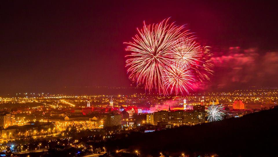 Foc artificii Piata Unirii Revelion 2018 Oradea