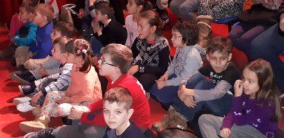 """""""MiniFest"""" pentru 50 de copii din familiile defavorizate din Oradea"""