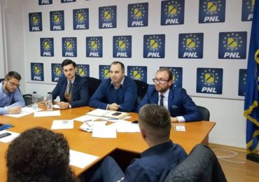 """Bogdan Pater, președinte TNL Bihor: De Ziua Tineretului, TNL dă startul Caravanei """"Europa pentru Noi"""". E esențial ca tinerii să înțeleagă de ce trebuie să meargă la vot pe 26 mai"""
