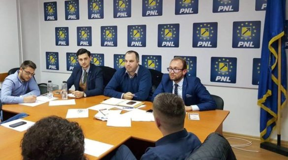 Tinerii liberali ii cer demisia ministrului Justitiei: Ministrul Justitiei este o rusine pentru studentii de la drept