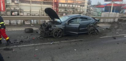 Accident violent pe Centura Oradiei, implicate fiind 4 autoturisme