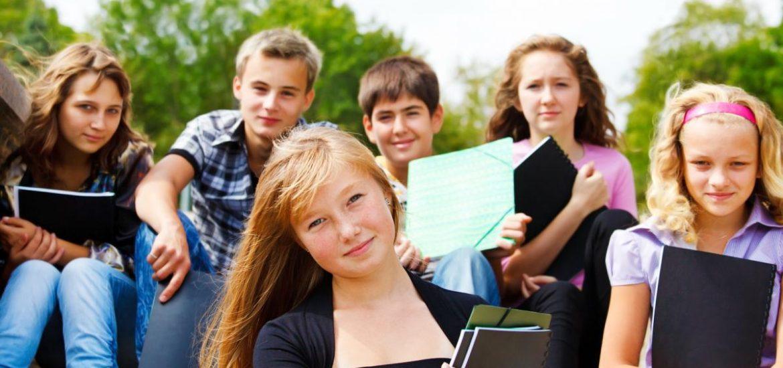 Elevii si prescolarii se intorc de astazi la cursuri. Structura anului scolar 2018-2019, pe semestre