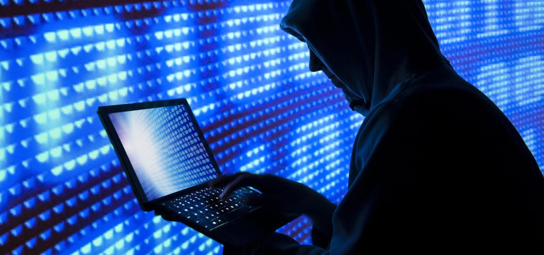 Perchezitii la locuintele unor bihoreni banuiti de frauda infomatica pentru obtinerea de credite on-line