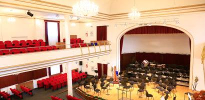 Consiliul Judetean Bihor anunta ca a demarat procedurile de licitatie pentru reparatiile la fatada cladiri Filarmonicii din Oradea