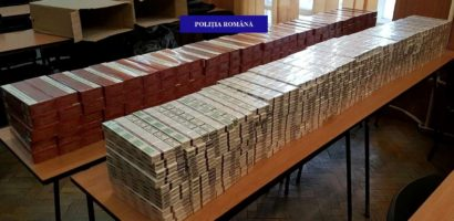 4000 de pachete de tigari nemarcate, confiscate de politistii, in urma unei razii in pietele oradene