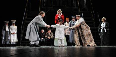 """Drama clasică de Bertolt Brecht """"Cercul de cretă caucazian"""" revine pe scena orădeană"""