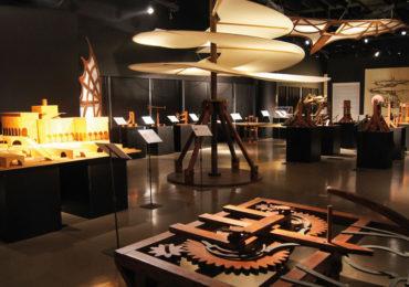 """Anunt  facut de Muzeul Tarii Crisurilor in legatura cu expozitia """"Maşinile"""" lui Leonardo da Vinci"""